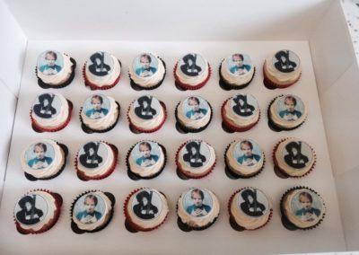 Mini Topper Cupcakes