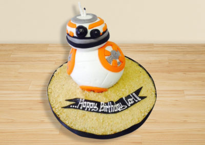 Star Wars BB-8 cake by Bakers Lane